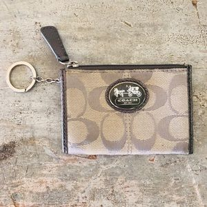 ♥️ Coach ♥️ Silver Keychain Coin Wallet